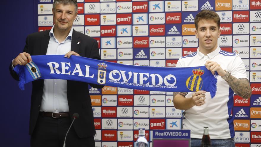 Real Oviedo: las imágenes de la presentación de Joni Montiel