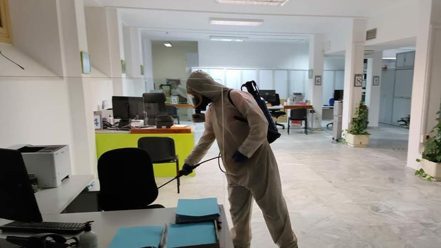 El Gobierno canario trasladará sanitarios a Lanzarote ante la escalada del Covid