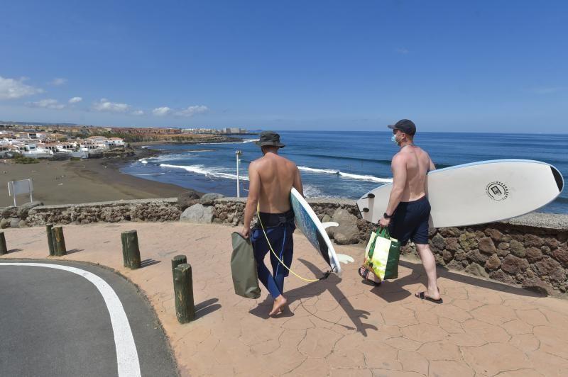 La ola surfera de Playa del Hombre