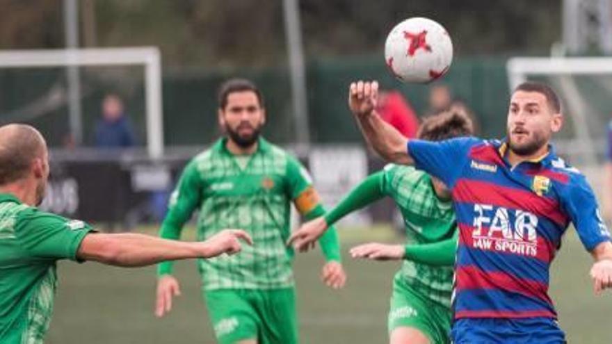 El Llagostera salva un punt amb un gol de Pablo Sánchez