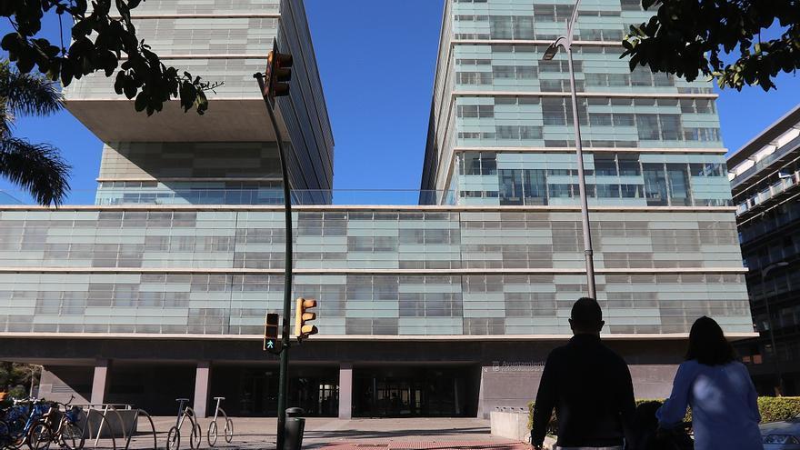 El equipo de gobierno acusa al PSOE de pedir información sobre la Torre del Puerto y luego no ir a la cita