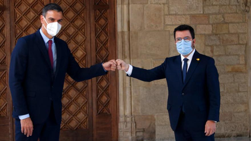 Sánchez arriba al Palau de la Generalitat per escenificar la represa de la taula del diàleg tot i l'absència de JxCat