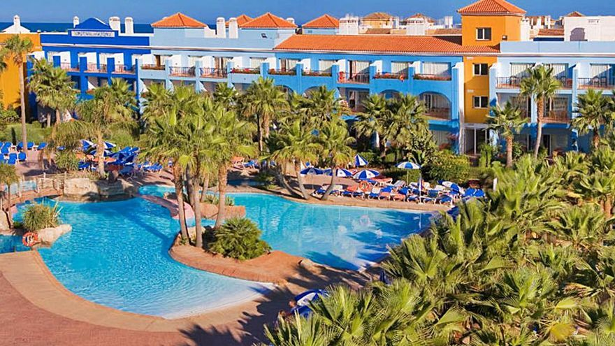 Amancio Ortega compra un hotel en Cádiz por 25 millones