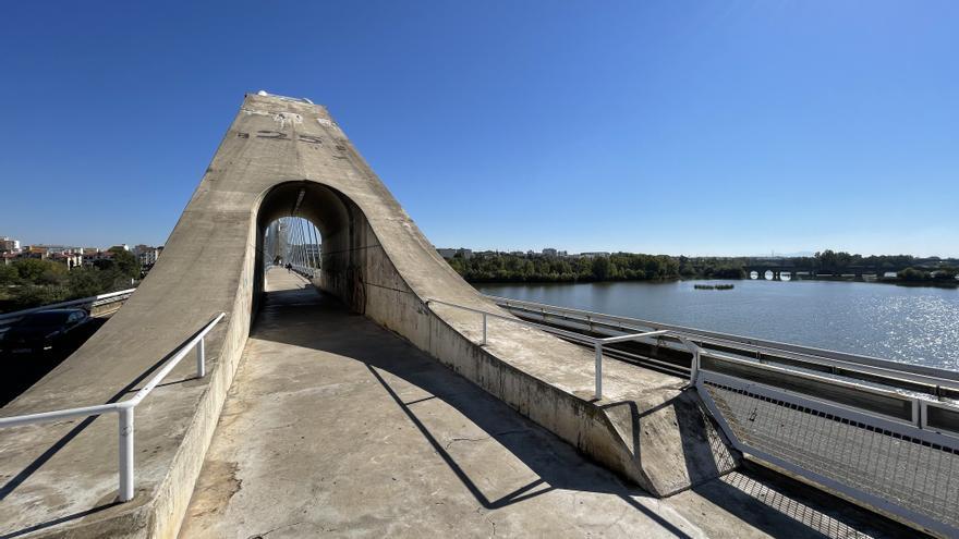 El puente Lusitania de Mérida se cortará en horario nocturno hasta el jueves