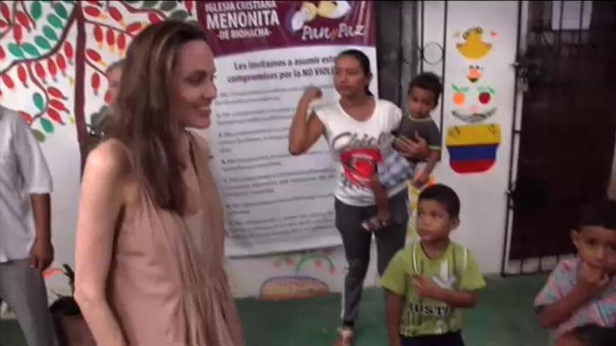 Angelina Jolie advierte de la suerte de los hijos de los refugiados venezolanos