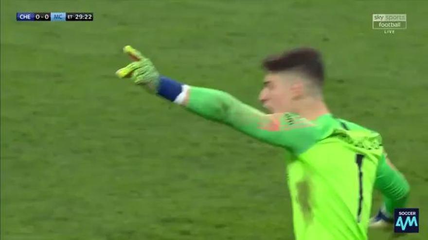 ¡Lo nunca visto! Kepa se niega a ser sustituido por Sarri en el Chelsea - Manchester City