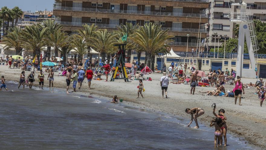 El paro en el sur de la provincia de Alicante baja en más de 1.000 personas en junio