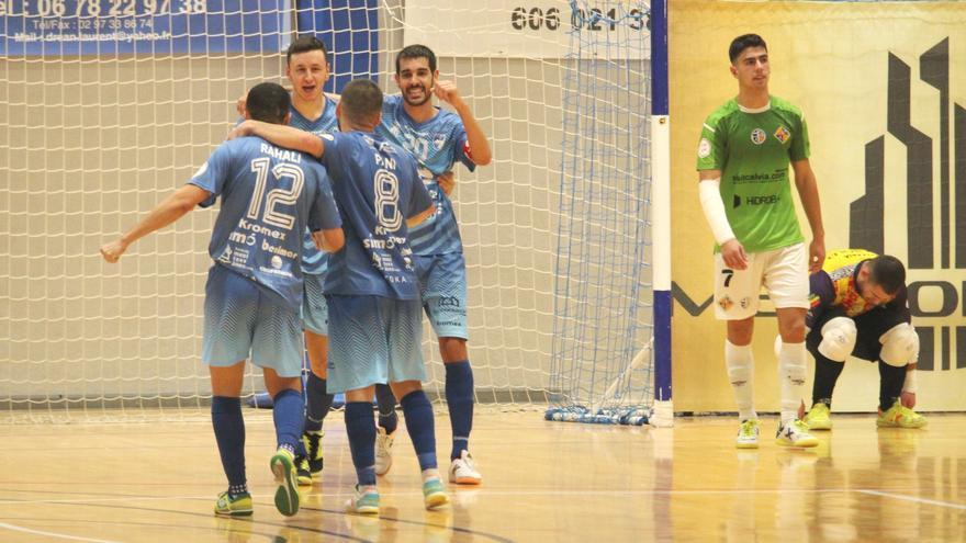 Doble victoria para Bisontes y Peñíscola en la 6ªjornada de Segunda División de fútbol sala