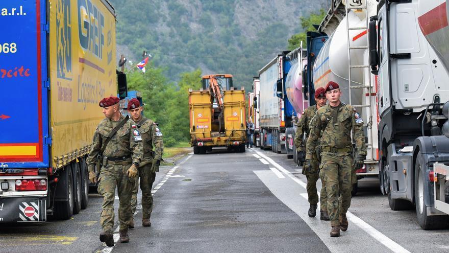 Sèrbia i Kosovo acorden rebaixar la tensió i retirar les tropes de la frontera