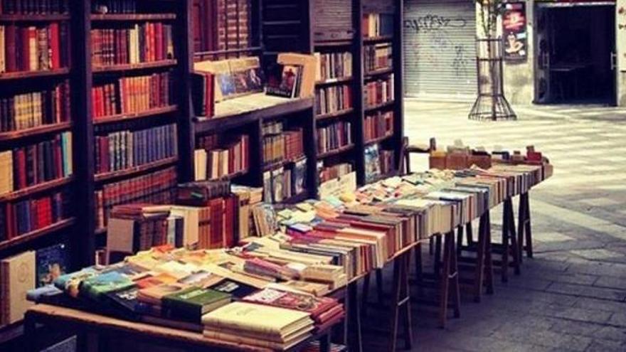 Piedras Blancas y Salinas conciencian de la igualdad LGTB a través de los libros