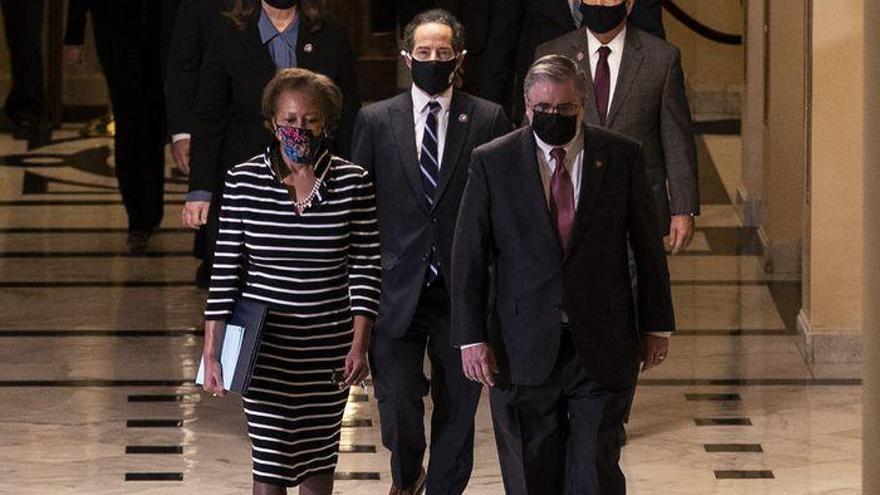 "Varios congresistas piden citar a testigos casi al final del ""impeachment"""