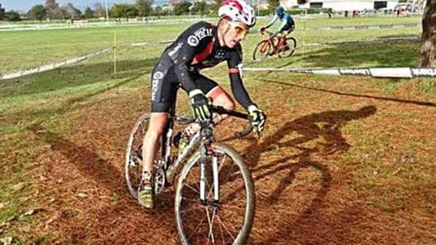 Zamora CX inicia la temporada de ciclocross con buenos resultados