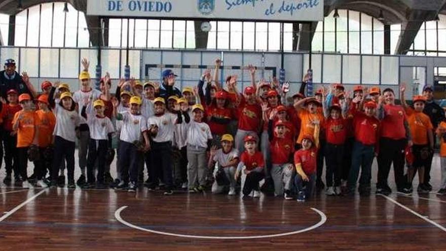 El béisbol crece en Asturias