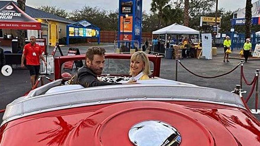 Travolta y Newton-John regresan a 'Grease'