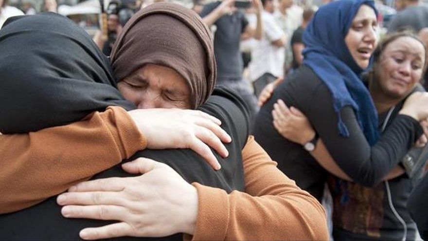 """La madre de Younes Abouyaaqoub: """"Quiero que se entregue"""""""