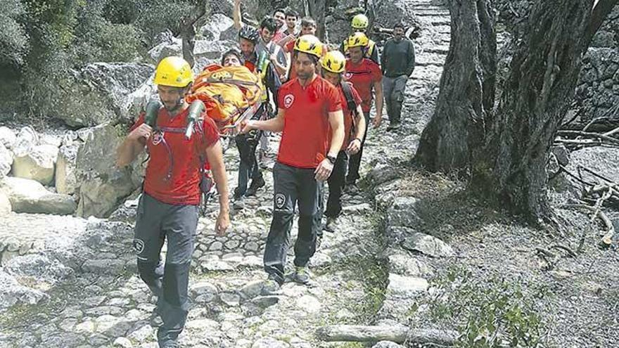 Bergwacht rettet 21-Jährigen nach Beinbruch bei Biniaraix
