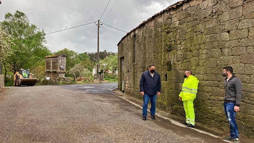Rodeiro supera ya el centenar  de composteros para viviendas