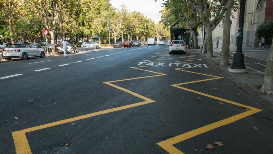 La Generalitat aplaza a finales de marzo los exámenes para taxista y el CAP de transportes