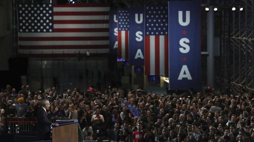 Clinton no compareixerà i el Partit Demòcrata demana als seus votants que tornin a casa