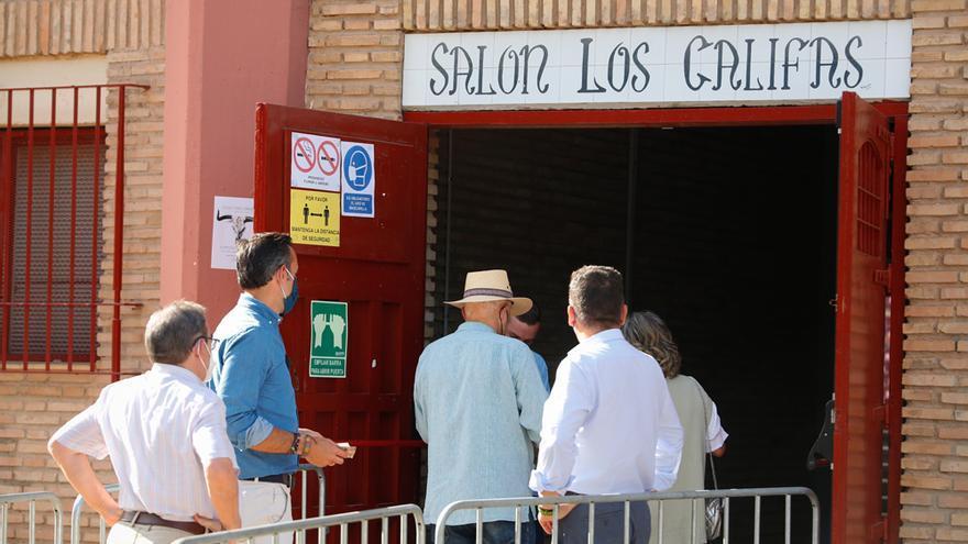 La feria taurina 2021 se inicia en Córdoba con un gran ambiente en Los Califas