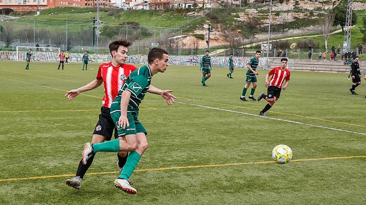 Un momento del partido disputado ayer en Valorio. | Nico Rodríguez