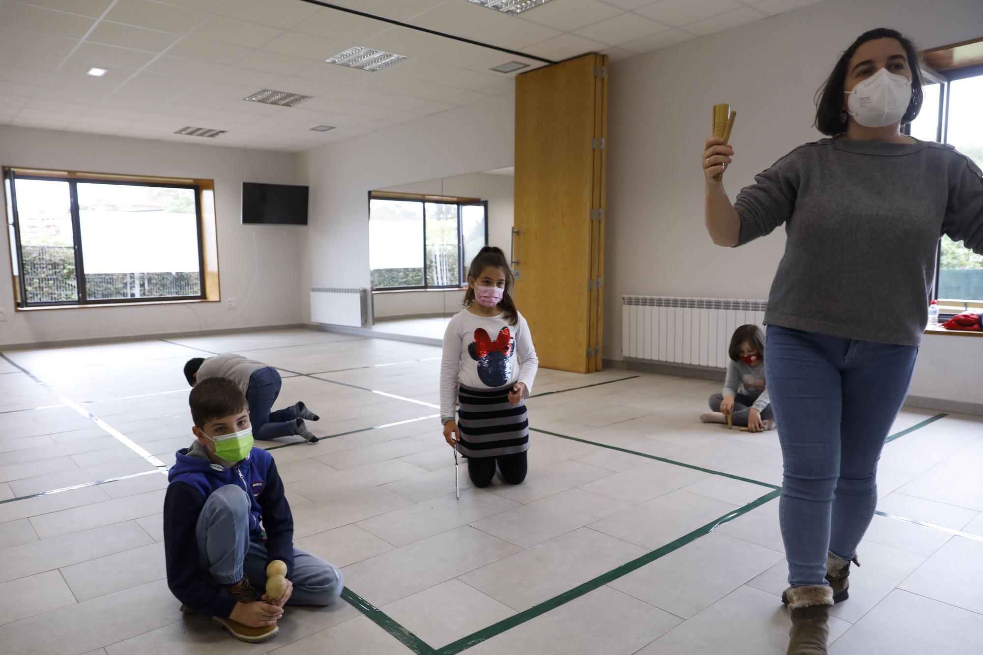 Talleres musicales para niños en Jove
