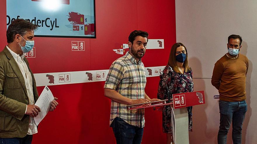 """El PSOE alerta de una """"discriminación rural"""" por enviar bomberos voluntarios"""