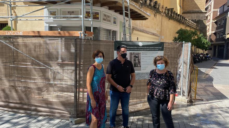 Izquierda Unida denuncia el retraso de seis meses en las obras del quiosco del Bulevar