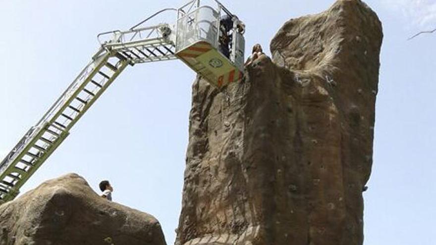 Rescate de dos niños en Las Rehoyas