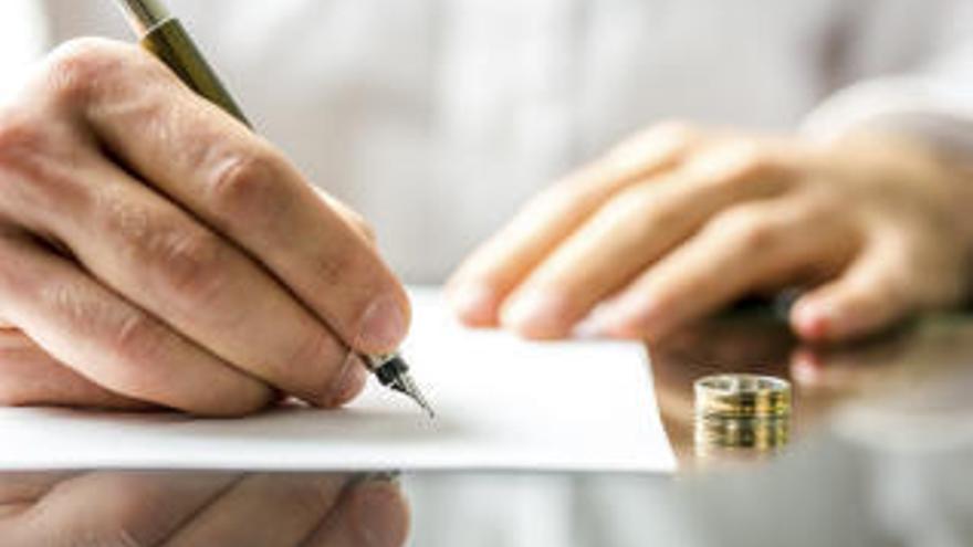 El confinamiento finiquita muchas parejas: los letrados prevén un aluvión de divorcios