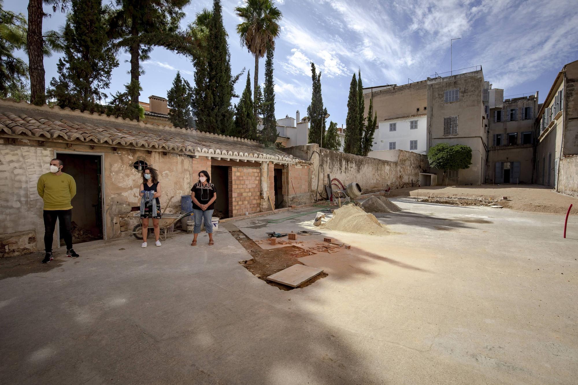 Cort paraliza unas obras en el colegio Santíssima Trinitat y deja sin patio a sus 280 alumnos
