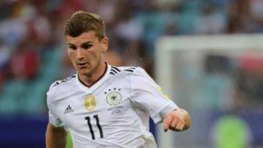 Alemanya assegura el primer lloc i Xile pateix i s'enfrontarà a Portugal