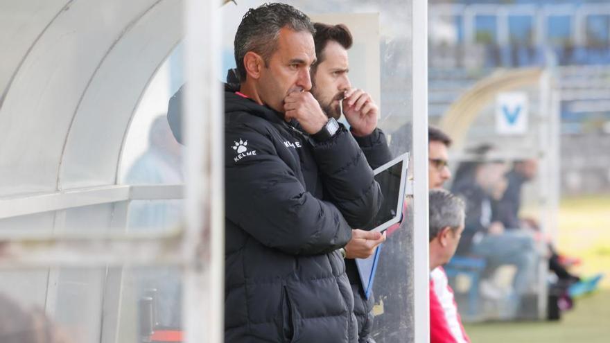 Pablo Lago deja el Sporting dos meses después de su fichaje para el cadete y la secretaría técnica