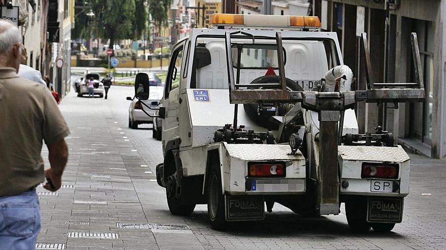 El Ayuntamiento de La Laguna adjudica el servicio de grúas por más de dos millones de euros