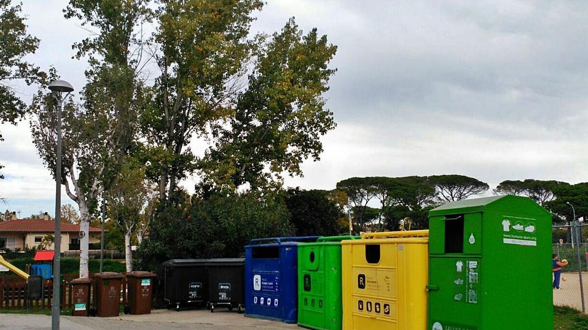 Les més de vuit tones recuperades per Humana equivalen a 37.000 peces de roba. | AJ. DE CALDES DE MALAVELLA