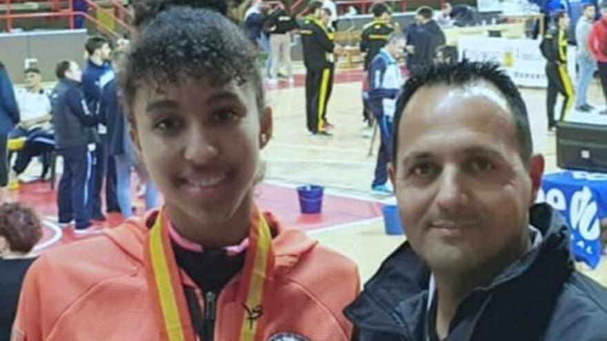 La cullerense Shestopalka logra en Torrelavega un bronce absoluto con sólo 16 años
