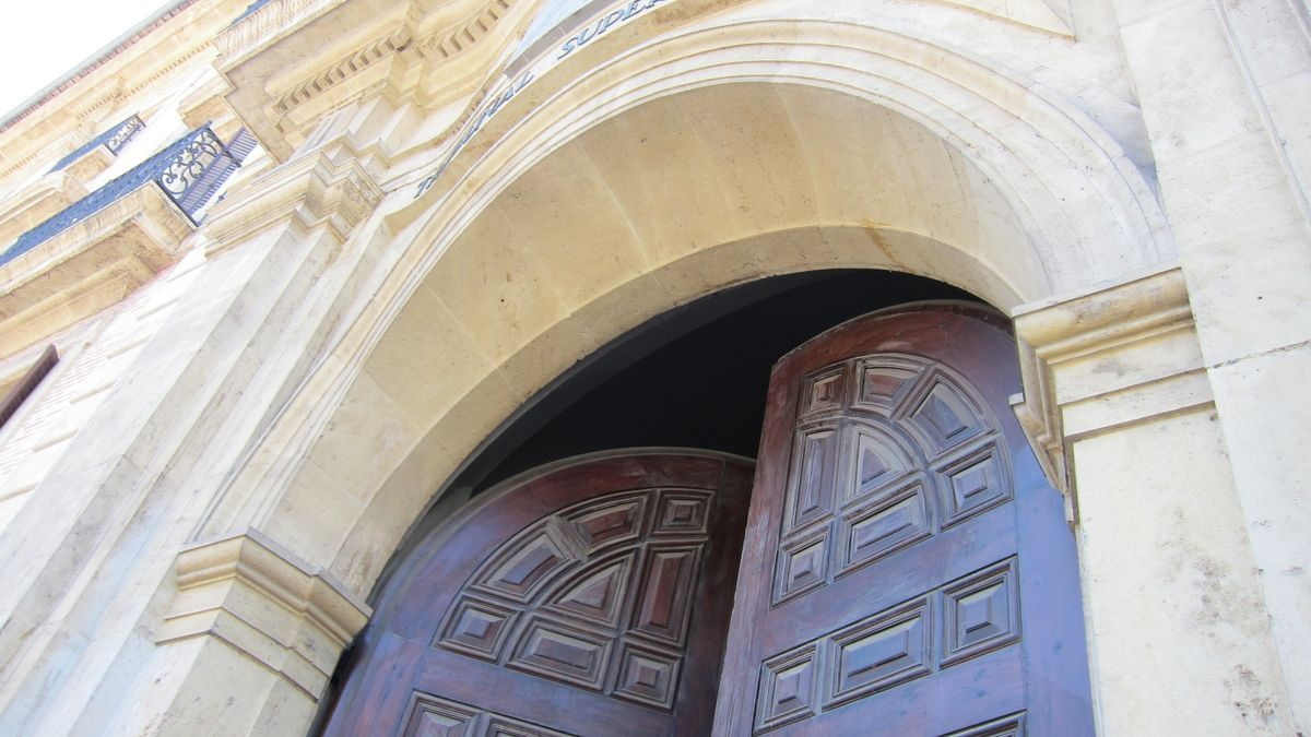 Fachada del Tribunal Superior de Justicia de la Comunidad Valenciana