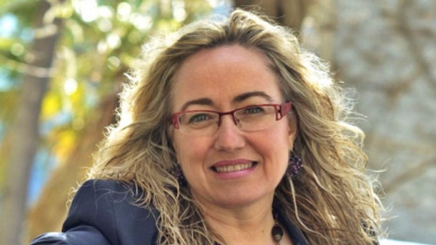 Montserrat García: «La adolescencia está anclada en el melodrama»