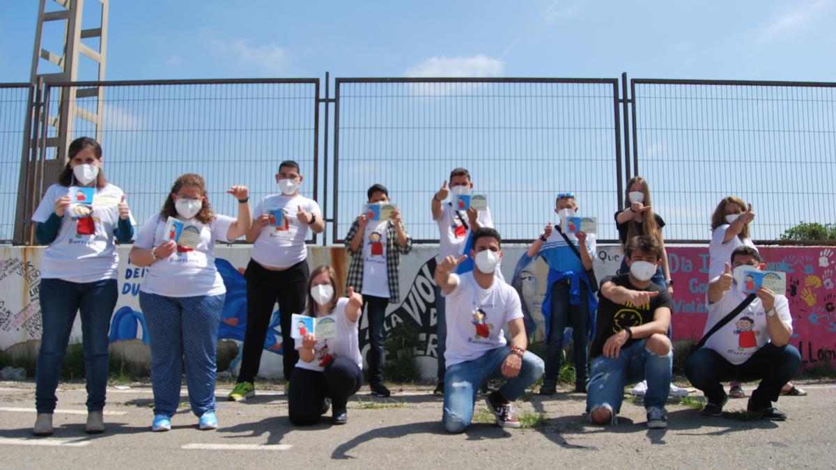 Los integrantes y voluntarios de la entidad se han volcado con la publicación del disco solidario.