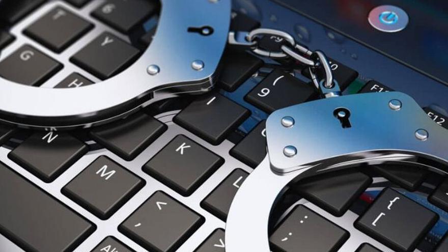 Detenido un hombre por difundir pornografía infantil por Internet desde Lanzarote