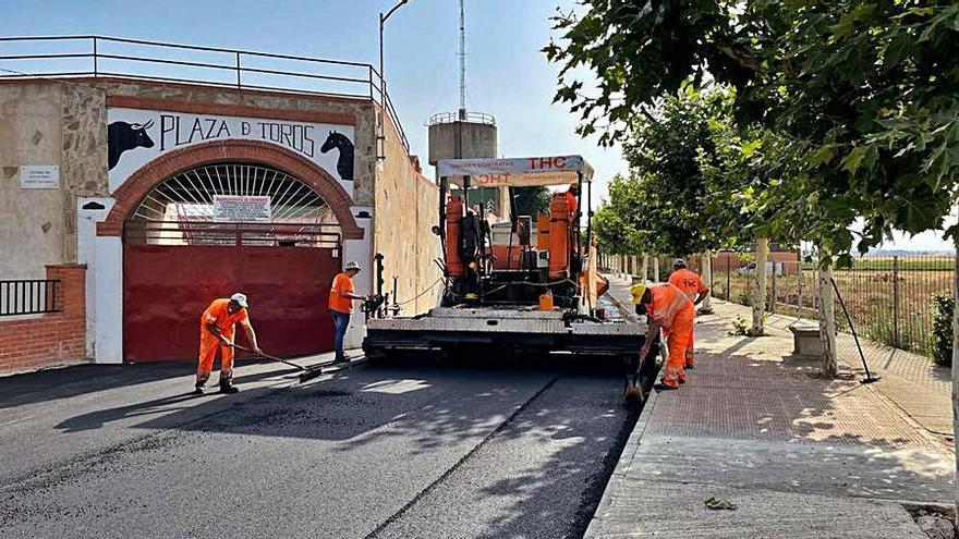 Guarrate invierte 50.000 euros en el asfaltado de dos vías principales