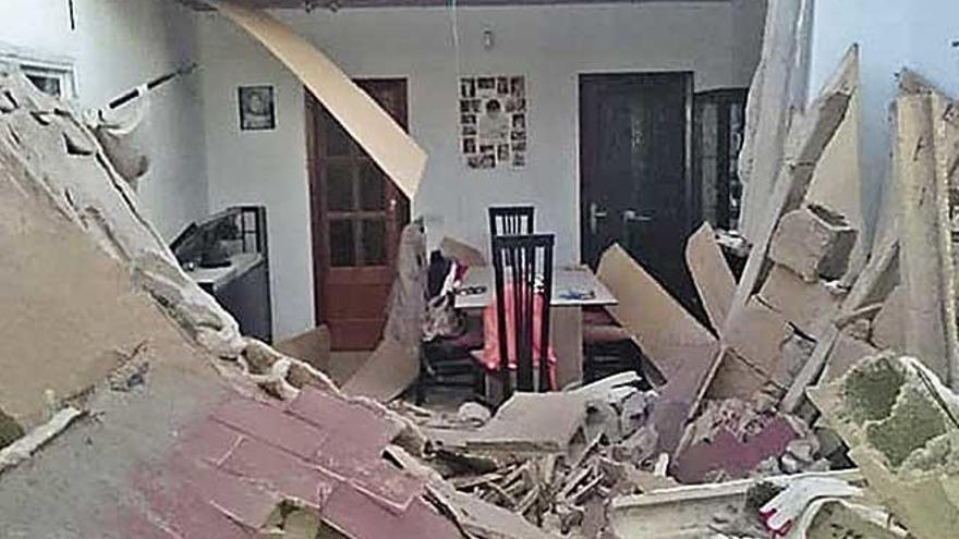 Derrumbe en una casa de El Toro