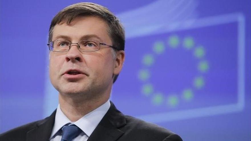 La UE y EEUU se dan una tregua en su disputa por los aranceles al acero
