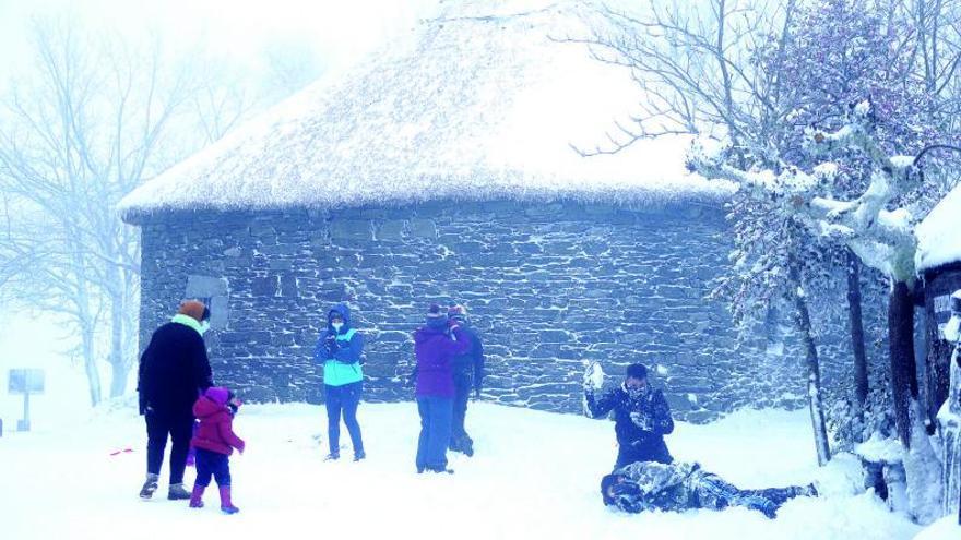 La borrasca reduce su impacto antes de la llegada del frío polar en Nochevieja