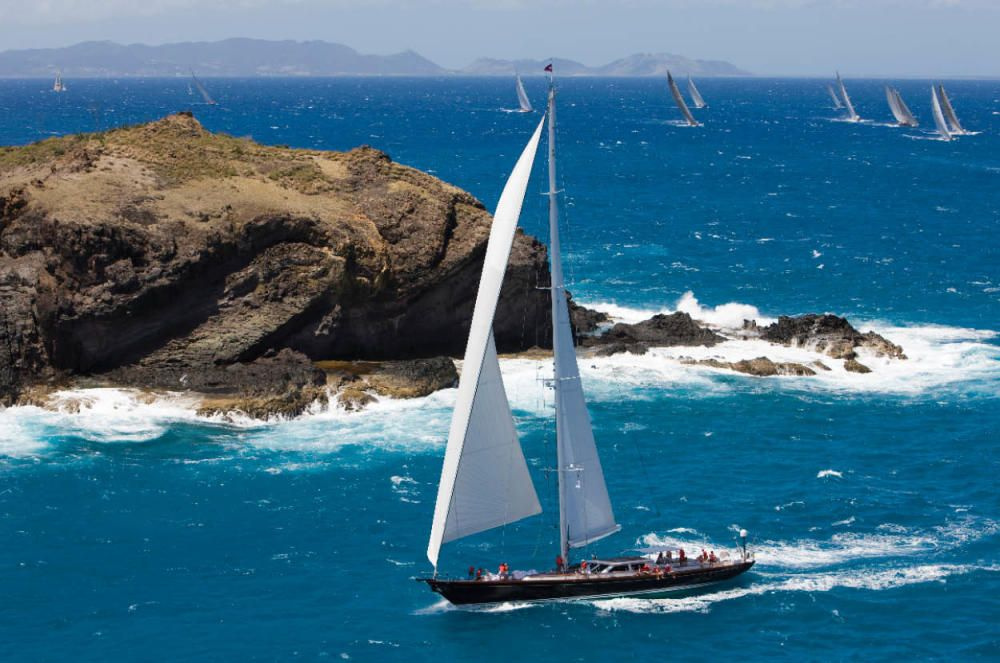 Whisper, yate de superlujo que ha atracado en el Puerto de Málaga este año.