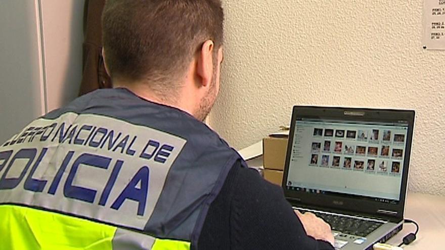 Dos años de cárcel por abusos a una niña en Salamanca y exhibir pornografía