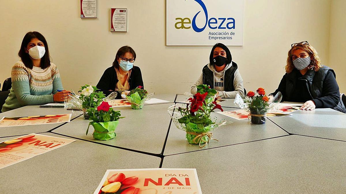 Presentación de la campaña  del Día da Nai en la sede de la  asociación empresarial.