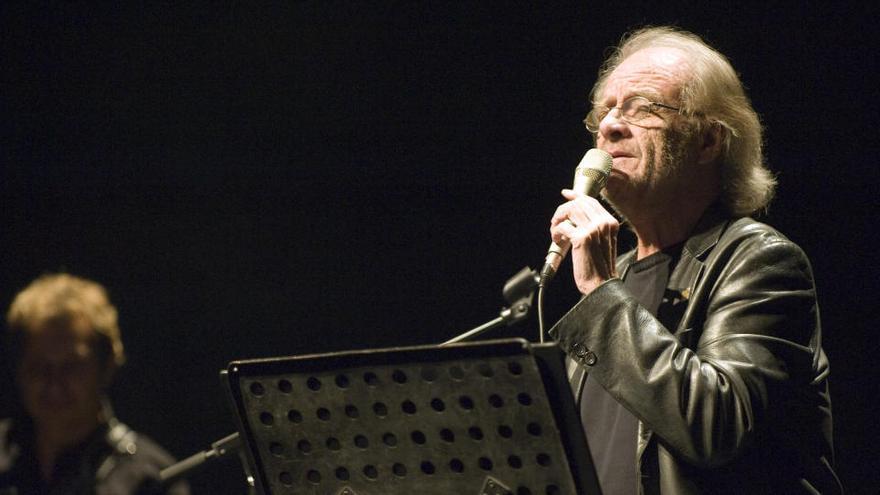 Mor el cantautor Luis Eduardo Aute als 76 anys