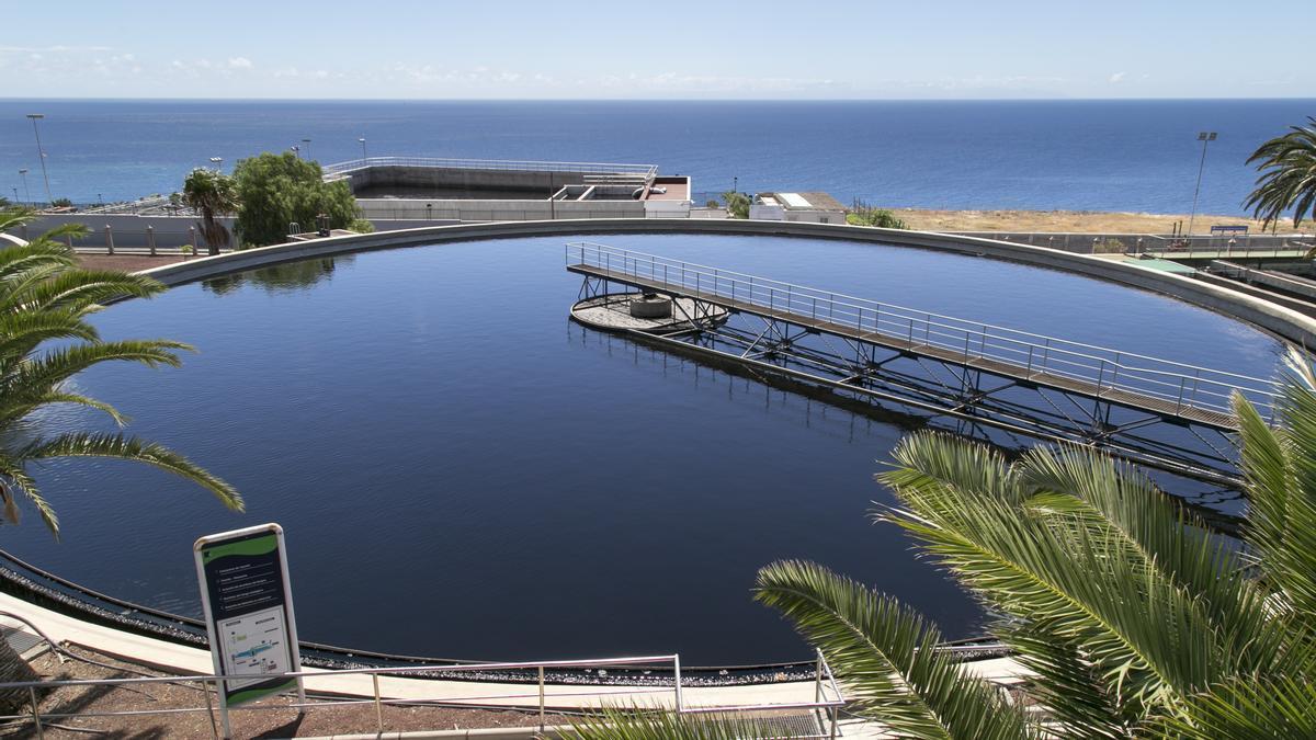 En 2020, Emmasa reutilizó 600 mil m3 de agua, el equivalente a 190 piscinas olímpicas