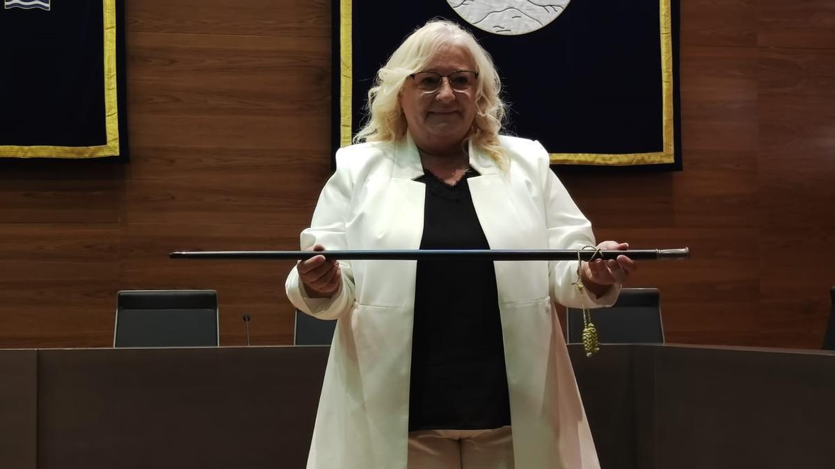 Araceli de Moya (Ciudadanos) ya ostenta la vara de mando en Orpesa.